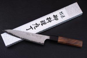 Knife-Art-Kochmesser-Petty-Nao-Yamamoto-Frontal-mit-Box