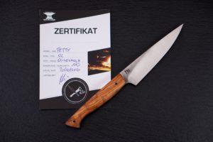 Knife-Art-Kuechenmesser-Petty-Olive-Martin-Huber-Frontal-mit-Zertifikat