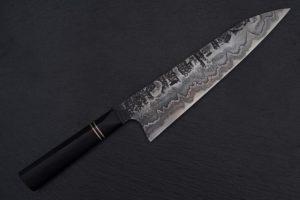 Knife-Art-Kuechenmesser-Gyuto-Sanmai-Martin-Huber-Frontal-1